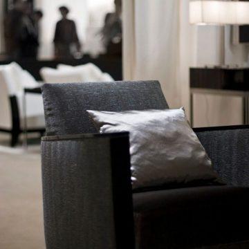 LIQUID 'MINI' upholstery, STAFFORD VELVET seat cushon & LUMINOSO pillow programmed for JNL Furniture, Belgium2_preview