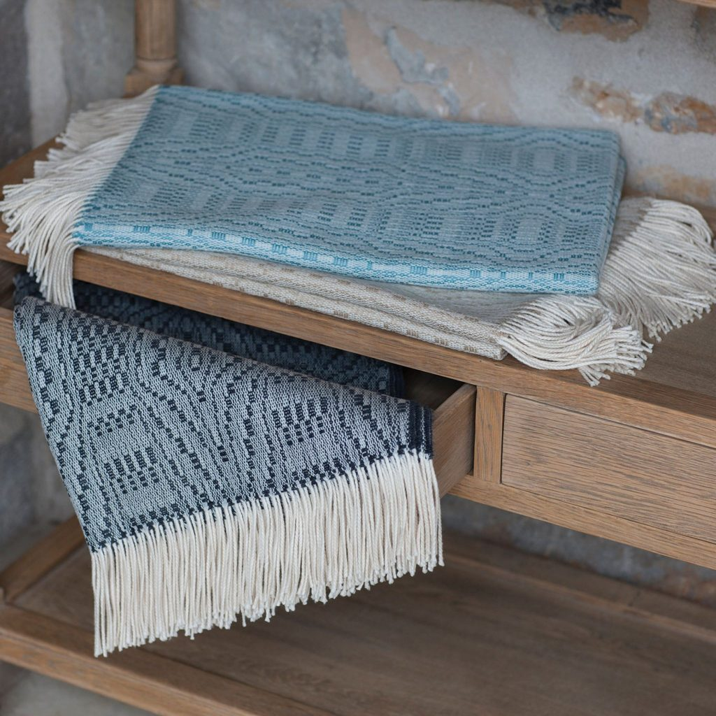 Merino Artizan Throw